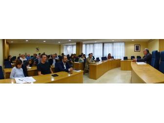 reunión de traballo de alcaldes e alcaldesas na Fegamp polo tema da normativa de autocaravanas