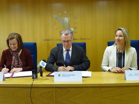 acto de sinatura do protocolo de colaboración Fegamp .- SX de Igualdade para a promoción das EE.LL. contra a violencia de xénero